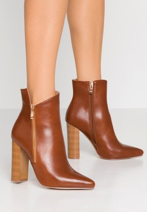 KEYLA - High heeled ankle boots - tan