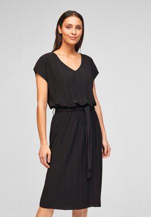 Day dress - true black
