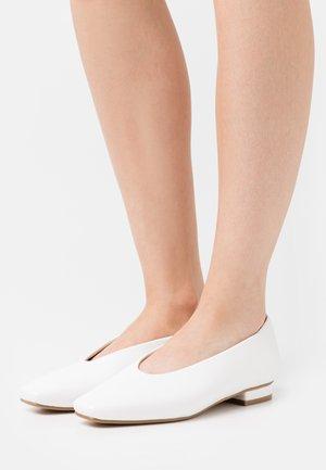 PENNY - Ballerinat - white