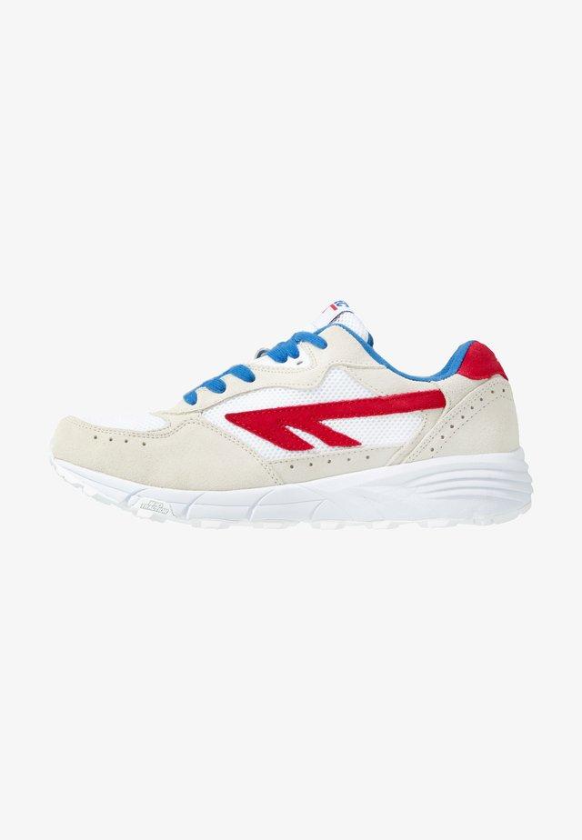 SHADOW - Sportovní boty - corp white/red/blue
