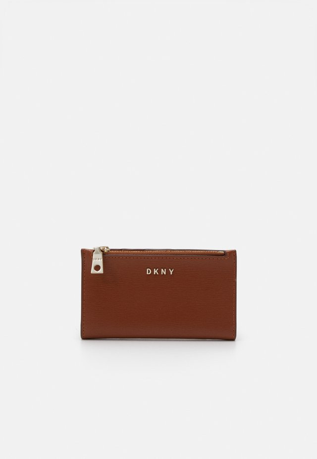 BRYANT BIFOLD CARD HOLDER SUTTON - Wallet - caramel