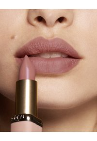 L'Oréal Paris - COLOR RICHE ULTRA MATTE FREE THE NUDES - Lippenstift - 03 no doubts - 2