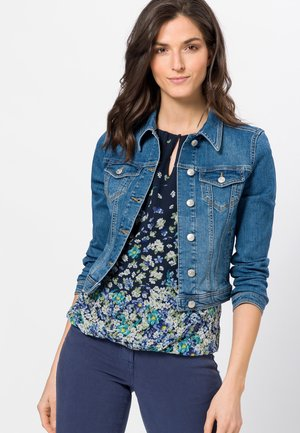 MIT KLAPPENTASCHEN - Denim jacket - aegean blue authentic washed