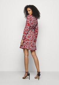 Diane von Furstenberg - SAVILLE - Vapaa-ajan mekko - lace red - 2