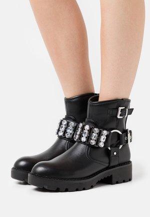MARISOL - Cowboy/biker ankle boot - black
