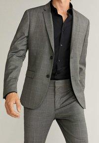 Mango - SUPER SLIM-FIT - Camicia elegante - noir - 3