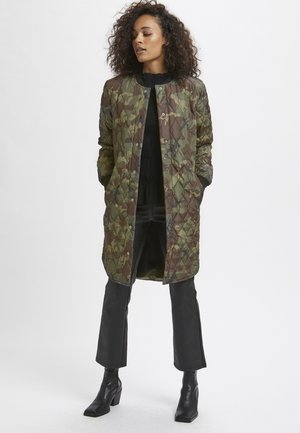 Winter coat - camouflage print