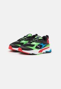 Puma - FAST - Sneakers laag - black/elektro green/high risk red - 1