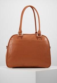 Lässig - TENDER CIPO BAG SET - Baby changing bag - cognac - 2