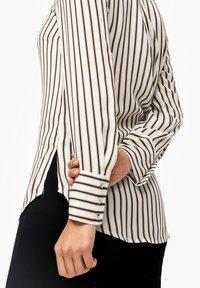 s.Oliver BLACK LABEL - Button-down blouse - cream - 3