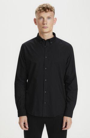 JUDE OXFORD - Camicia - black