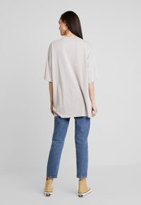 Monki - CISSI TEE  - T-shirts - grey