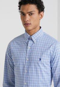 Polo Ralph Lauren - NATURAL - Chemise - blue/white - 4