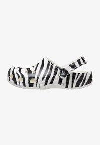 Crocs - ANIMAL PRINT  - Zoccoli - white / zebra print - 0