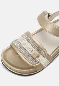 LIU JO - MINI CLEO - Sandaler - gold - 4
