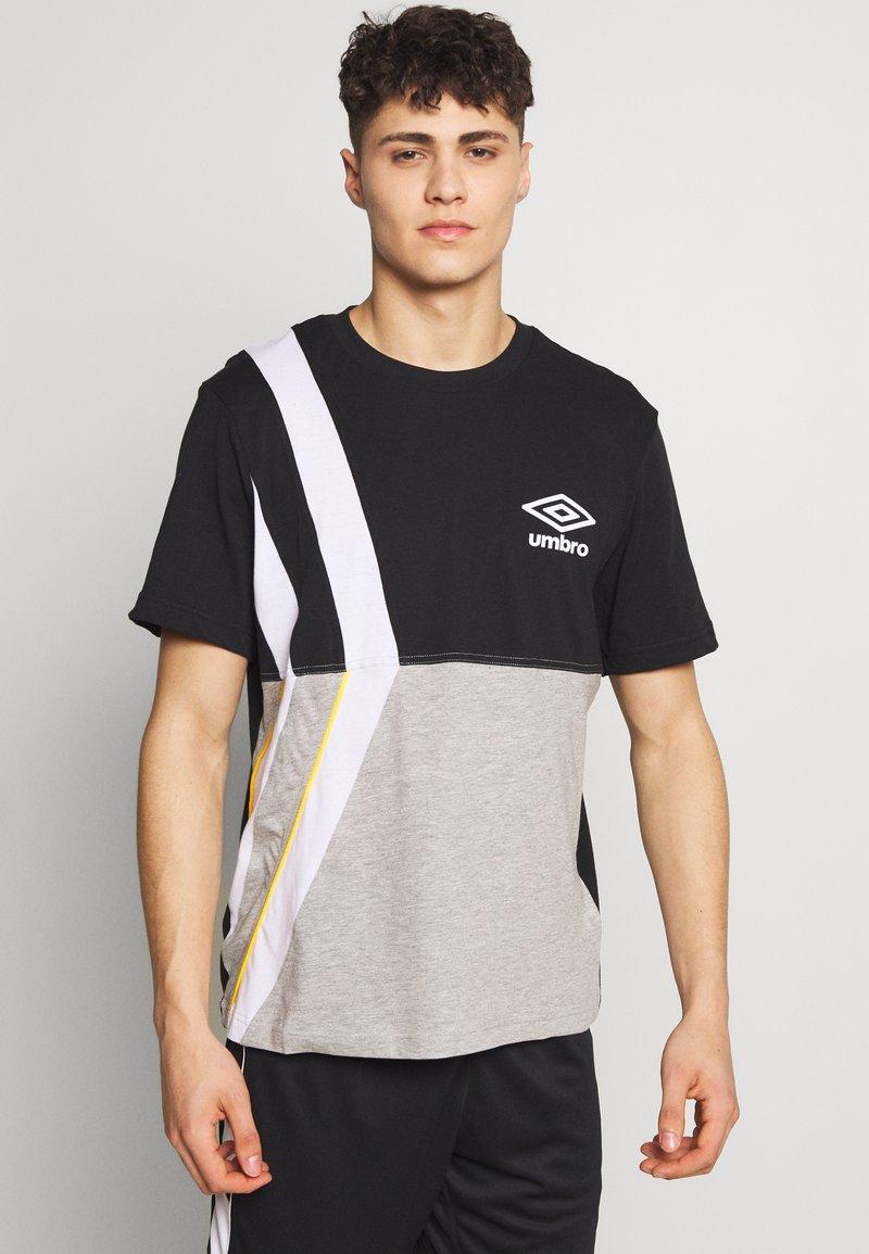 Umbro - BOXED DIAMOND CUT TEE - Print T-shirt - black/grey marl