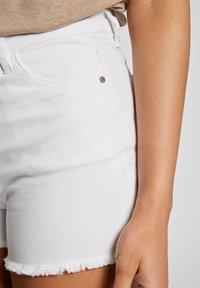 Morgan - Denim shorts - off-white - 3