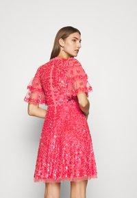 Needle & Thread - SEREN MINI DRESS - Koktejlové šaty/ šaty na párty - watermelon pink - 2