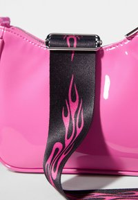 Bershka - Kabelka - neon pink - 4