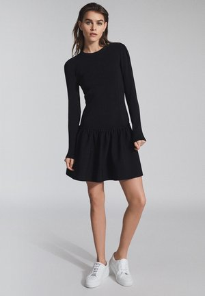 CHARLOTTE - Gebreide jurk - black
