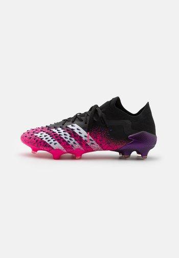 PREDATOR FREAK .1 L FG - Moulded stud football boots - core black/footwear white/shock pink