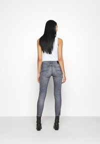 Tommy Jeans - SOPHIE - Jeans Skinny Fit - midnight grey - 2