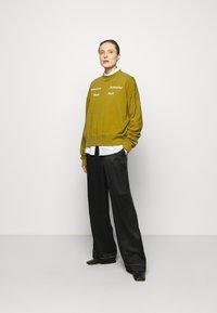 Proenza Schouler White Label - LONG SLEEVE - Sweatshirt - moss - 1