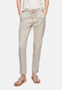 Q/S designed by - REGULAR FIT - Pantalon classique - beige - 3