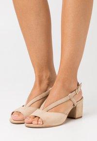 Caprice - WOMS - Sandals - oak - 0