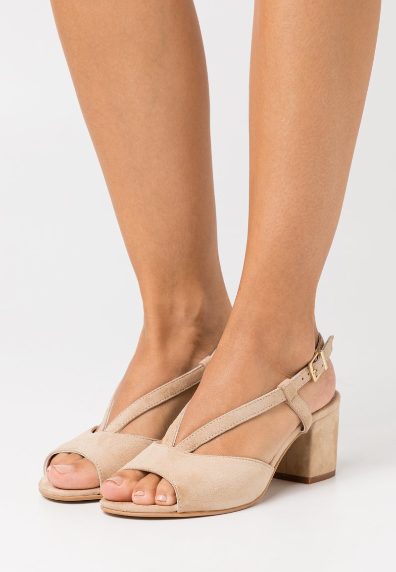 Caprice - WOMS - Sandals - oak