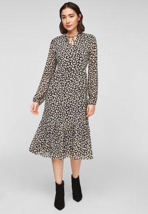 MIT TUNIKAAUSSCHNITT - Day dress - black dot love
