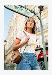 See by Chloé - Print T-shirt - crystal white - 3