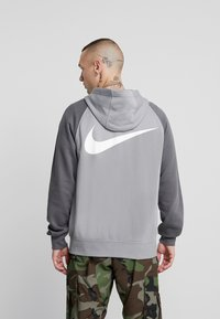 Nike Sportswear - M NSW HOODIE FZ FT - Zip-up hoodie - particle grey/iron grey/black/white - 2