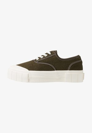 SOFTBALL - Zapatillas - olive