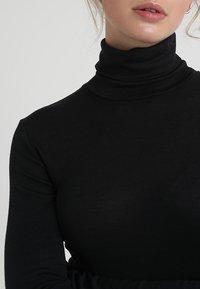 Hanro - WOOLEN-SILK MIX - Undershirt - black - 5