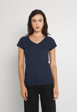 EYBEN SLIM - T-shirt imprimé - sartho blue/black