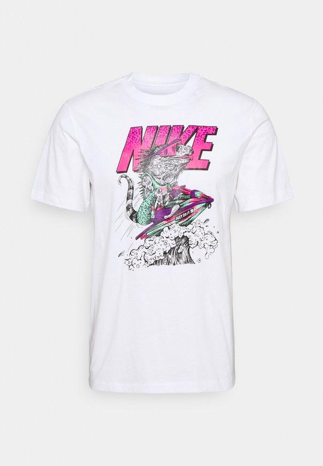 BEACH JET SKI - T-shirt con stampa - white