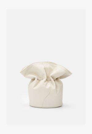 VASE BAG - Schoudertas - cream