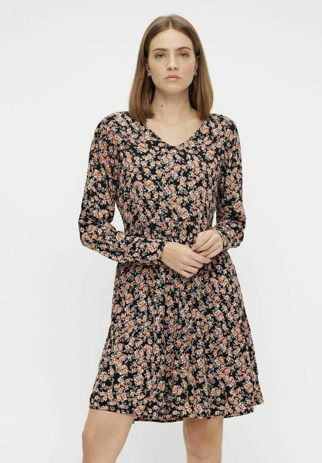 MIT LANGEN ÄRMELN PRINT - Sukienka letnia - black