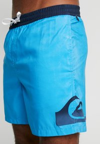 Quiksilver - DREDGE VOLLEY - Badeshorts - blithe - 3