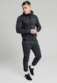 SIKSILK - TONAL CHECK CUFFED PANTS - Spodnie materiałowe - grey - 1