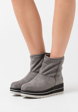 Wedge Ankle Boots - mous