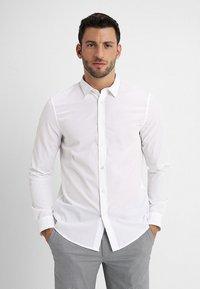 Zalando Essentials - Formal shirt - white - 0