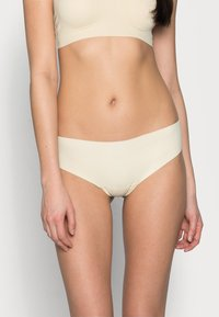 MAGIC Bodyfashion - DREAM THONG 2 PACK - Thong - latte - 0