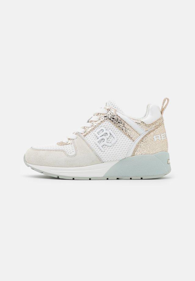 HENLEY - Sneakers basse - white/platin