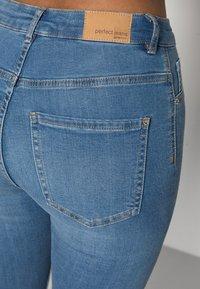 Gina Tricot - HIGHWAIST - Jeans Skinny Fit - midblue - 4