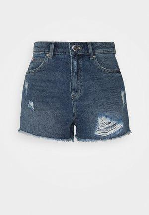 ONLKELLY LIFE - Denim shorts - medium blue denim