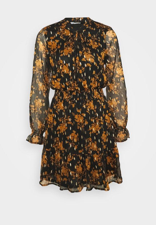 ONLELLA DETAIL SHORT DRESS - Korte jurk - black