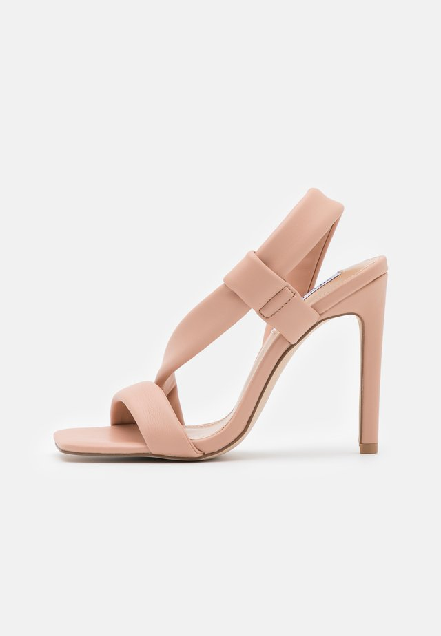 SIZZLIN - Sandalen - blush