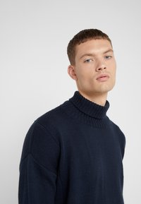 Editions MR - LOUIS TURTLENECK  - Maglione - navy - 4